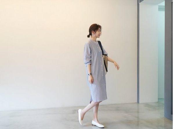 漂亮小媽咪 早秋洋裝 【D3538】 立領 條紋 七分袖 襯衫 不規則 開扣 背後扭結 長版襯衫 孕婦裝