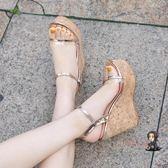 楔型涼鞋 2019夏季新款仙女性感透明一字扣帶超高跟厚底楔形女涼鞋露趾厚底女鞋 3色33-40
