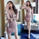 VK精品服飾 韓國風亮片系蝴蝶結喇叭袖套裝長袖裙裝