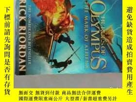 二手書博民逛書店Heroes罕見of Olympus - the mark of