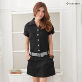 短袖洋裝--素雅俏皮附格紋腰帶包釦素面短袖洋裝(黑.藍M-2L)-D155眼圈熊中大尺碼