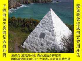 二手書博民逛書店Up罕見To A Point: In Search of Pyr