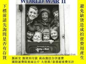 二手書博民逛書店A罕見Photographic History Of World War Ii-二戰攝影史Y436638 M.