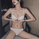 前扣內衣女小胸聚攏有鋼圈性感蕾絲胸罩調整型美背文胸套裝【貼身日記】