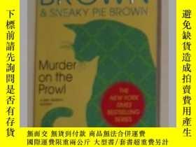 二手書博民逛書店《罕見Murder on the Prowl 》Rita Mae
