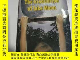 二手書博民逛書店The罕見Graduation of Jake moon:傑克·