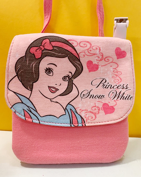 【震撼精品百貨】白雪公主七矮人_Snow White~迪士尼公主系列斜背包/夾包-白雪公主#09047