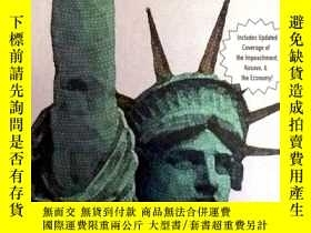 二手書博民逛書店THE罕見STRUGGLE FOR DEMOCRACYY1839