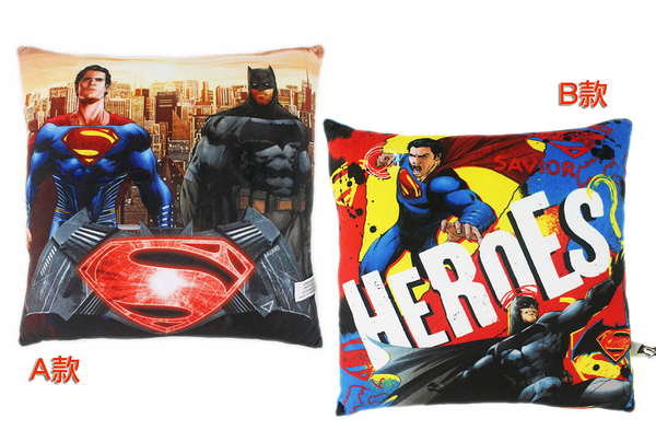 【卡漫城】 方形枕 兩款可選 ㊣版 絨毛抱枕 午休午睡午安 靠墊 靠枕 超人 蝙蝠俠 superman batman