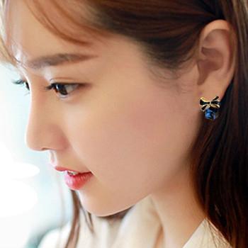 【NiNi Me】 夾式耳環 氣質甜美水晶蝴蝶結立體方形夾式耳環 夾式耳環 E0002