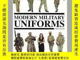 二手書博民逛書店Modern罕見Military Uniforms (damaged)-現代軍服(破損)Y414958