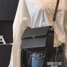 包包女2021新款潮韓國ins超火小方包簡約寬肩帶風琴包單肩斜背包