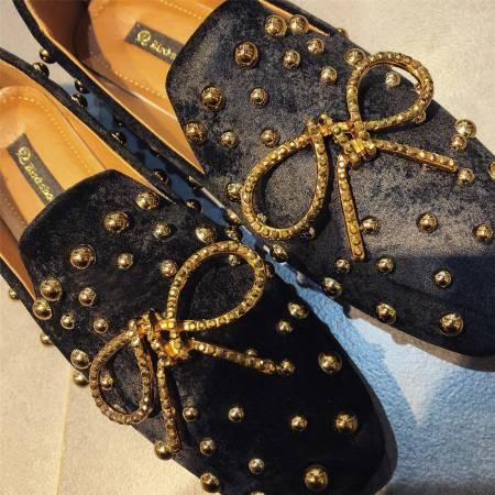 Dingle丁果ღ歐美明星款鉚釘蝴蝶結絨皮低跟樂福鞋3色