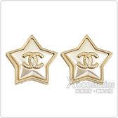 CHANEL經典雙C LOGO金屬五角星設計穿式耳環(金)