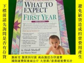 二手書博民逛書店What罕見to expect the first yearY2
