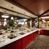 台北福華大飯店2F麗香苑平日周一至周四晚餐主菜+自助沙拉吧餐券