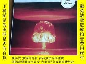 二手書博民逛書店EUROPE罕見AND THE COLD WAR 1945-91