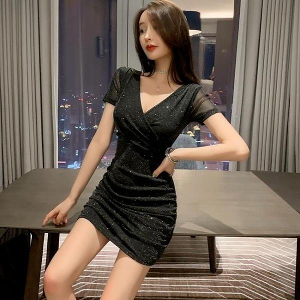 緊身洋裝 黑色深v領顯瘦夜 店裝性感短裙氣質裙子亮片緊身包臀連身裙女夏天-Ballet朵朵