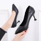 款高跟鞋女細跟百搭中跟尖頭工作鞋女黑色職業淺口單鞋 格蘭小舖