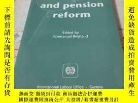二手書博民逛書店《Social罕見dialogue and pension re