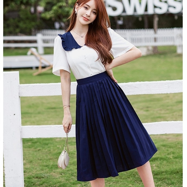 青春學院風藍白配色壓褶及膝裙兩件套(白上衣+藍及膝裙)[99193-QF]美之札