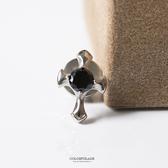 耳環 經典十字架鋯石穿式貼耳白鋼耳針 具抗過敏 造型亮眼 柒彩年代【ND247】鎖螺絲式固定不易掉