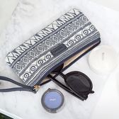 kinbor韓國女生創意筆袋女大容量小清新日韓手包文具袋化妝包     易家樂