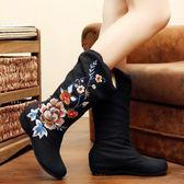 新款秋冬中筒繡花靴子老北京布靴民族風內增高鞋子中國風單中筒靴