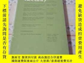 二手書博民逛書店《International罕見Security 》Y16370