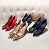 秀禾服婚鞋 女新品結婚鞋子細跟婚紗鞋水鑽扣新娘鞋紅色高跟鞋