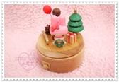 小花花日本精品 Hello Kitty 限量款美樂蒂家族獨特公仔木製聖誕樹造型音樂盒56803600