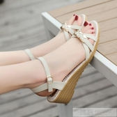 涼鞋女夏厚底楔形女鞋牛筋底露趾中跟厚底平底舒適防滑媽媽鞋 韓慕精品