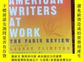 二手書博民逛書店《在工作中的拉丁美洲作家》Latin罕見American wri