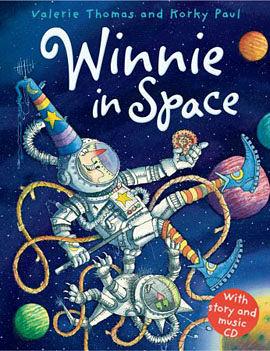 【麥克書店】WINNIE IN SPACE/英文繪本附CD《主題:萬聖節.幽默》(中譯:巫婆與黑貓)