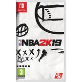 〈NS 遊戲〉任天堂 Switch NBA 2K19 美國職業籃球 2019《中文版》 【單筆滿3片送精靈球行動電源】