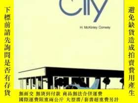 二手書博民逛書店The罕見Airport City: Development Concepts For The 21st Cent