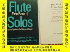 二手書博民逛書店老樂譜罕見flute first book of solos e