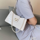 法國質感流行小包包女2020新款潮百搭單肩斜挎包夏季珍珠腋下包女 3C優購