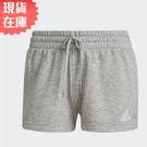 【現貨】Adidas Essentials Regular 女裝 短褲 休閒 兩側開衩 抽繩 棉 灰【運動世界】GM5602