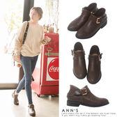 Ann'S實穿款-V弧型單扣帶平底短靴-咖