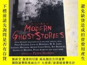 二手書博民逛書店The罕見Mammoth Book of Modern Ghos