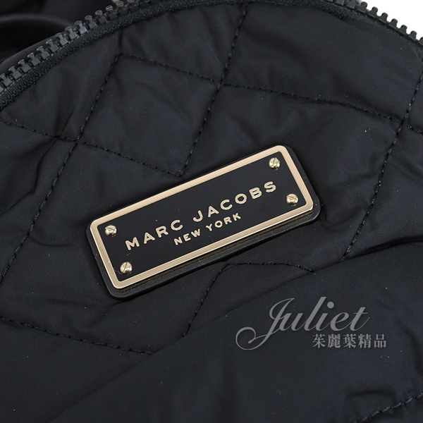 茱麗葉精品【全新現貨】MARC JACOBS 馬克賈伯 金屬LOGO空氣尼龍迷你後背包.黑