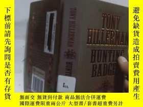 二手書博民逛書店實物拍照;tony罕見hillerman hunting bad