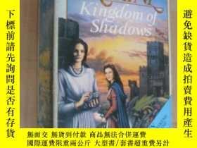 二手書博民逛書店KINGDOM罕見OF SHADOWS (BY BARBARA
