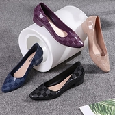 低跟鞋果凍涼鞋女塑膠料中低跟雨鞋涼拖單鞋新款平底中跟厚底軟底運動風  coco