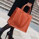 側背大包包女新款潮手提包女托特包韓版簡約百搭斜背包大容量 黛尼時尚精品
