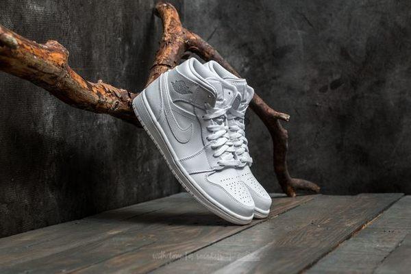 *Nike Air Jordan 1 Mid 全白 喬丹 1代 飛人 AJ1 中筒 男鞋 554724-104