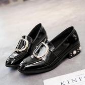 復古英倫風小皮鞋女秋季新款樂福鞋珍珠鉚釘韓版百搭粗跟單鞋新年交換禮物