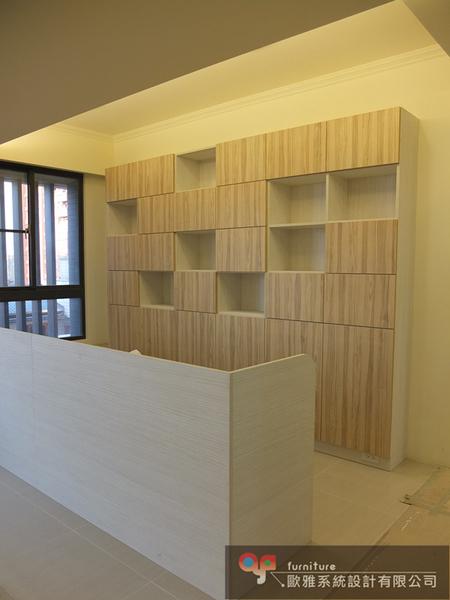 【歐雅 系統家具 】木門書櫃