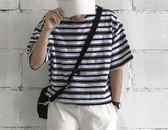 很寬鬆的 條紋氣質款圓領T恤 艾尚旗艦店